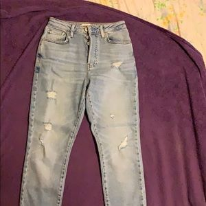Forever 21 Mom Jeans. Worn once!!